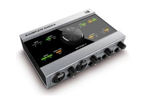 Native Instruments Audio 6