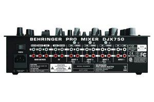 Behringer DJX750 Rückseite
